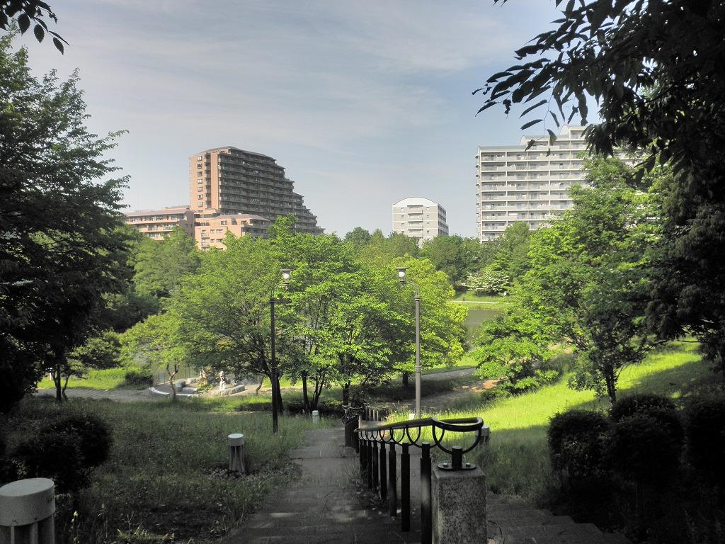 住宅街の公園
